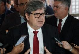 João compara flexibilização em Cabedelo com municípios que precisaram recuar e avisa que pode acionar Justiça
