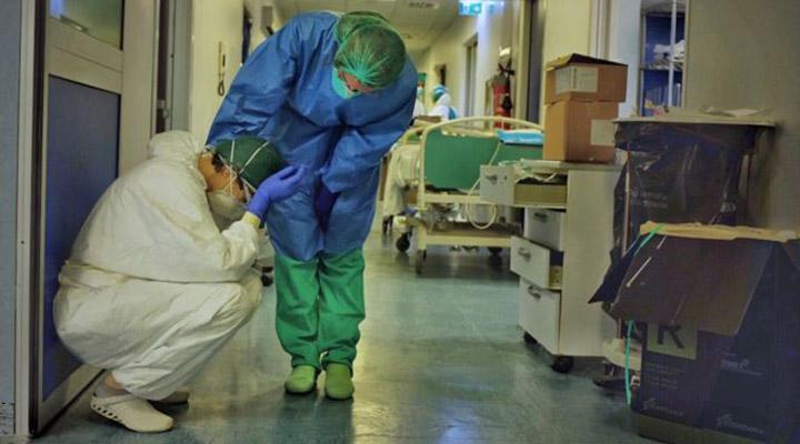 médicosItália - Médicos italianos temem segunda onda de contágio causada pelo relaxamento nas medidas preventivas