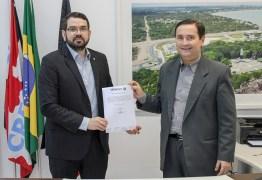 Rômulo Soares tira licença e passa presidência do Creci-PB a Lamarck Leitão