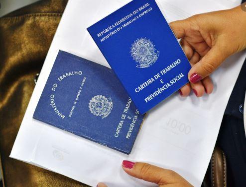 trab - Brasil fecha 331.901 vagas de trabalho em maio