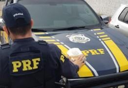 Casal é preso pela PRF transportando 1Kg de cocaína em Mamanguape, na Paraíba