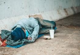 Perícia encontra veneno de rato em comida que matou moradores de rua em SP