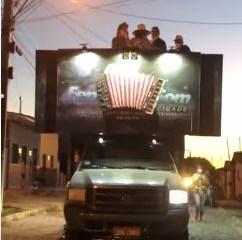 Em meio à pandemia, prefeitura de Pombal faz carreata e antecipa campanha eleitoral; VEJA VÍDEO