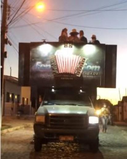 Capturar 4 - Em meio à pandemia, prefeitura de Pombal faz carreata e antecipa campanha eleitoral; VEJA VÍDEO