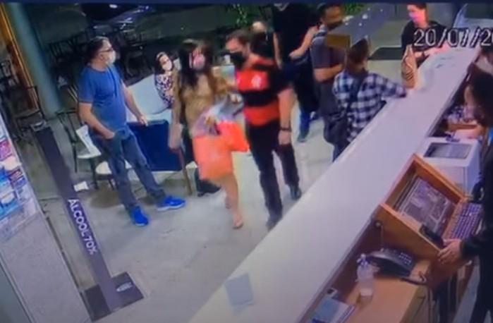 Capturar 45 - Vídeo mostra momento da prisão da ex-capa da Playboy Pâmela Pantera - CONFIRA