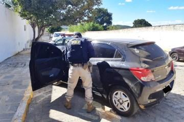 WhatsApp Image 2020 07 06 at 10.27.20 1 - Veículo de locadora com apropriação indébita e documento falso que circulava entre os estados da Paraíba e de Pernambuco é recuperado na Paraíba