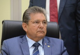 Adriano Galdino assume que pretende deixar o PSB para presidir o Avante em breve