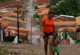 Covid-19 encontra situação inédita no Brasil devido à desigualdade social acentuada, diz secretário