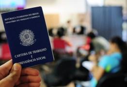 Brasil cria 394,9 mil vagas com carteira assinada em outubro, aponta Caged