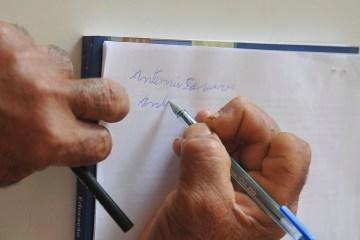 educacao8581 - Taxa cai levemente, mas Brasil ainda tem 11 milhões de analfabetos