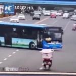 maxresdefault 3 - Motorista bate ônibus e mata 21 passageiros