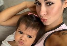 Mayra Cardi diz que estudará mentes doentes para orientar filha sobre o pai