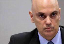 Moraes multa Facebook por não bloquear perfis bolsonaristas