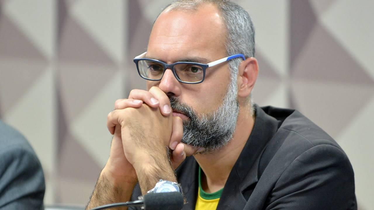 twitter apaga postagens de allan terca livre dos santos allan dos santos2 1280x720 1 - Apoiador de Bolsonaro, Allan dos Santos diz que saiu do Brasil para se proteger