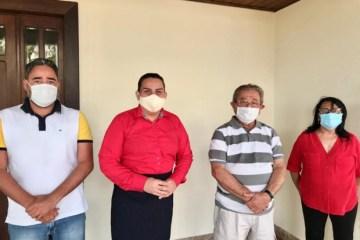Zé Maranhão indica Neuza como vice e apoia Luciene de Fofinho nas eleições indiretas de Bayeux; VEJA VÍDEO