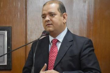 FIDELIDADE: Bruno Farias garante que seguirá o governador independente de ser ou não candidato