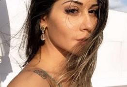 """Mayra Cardi diz que vai viajar para Ibiza com as amigas: """"Todas solteiras até lá"""""""