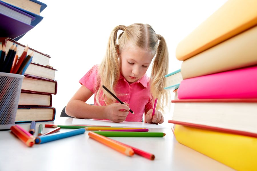 FOTO 6 - Dia do estudante exalta o valor do incentivo para a formação educacional