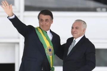 Bolsonaro é convidado pelo MDB a se filiar à sigla e disputar reeleição
