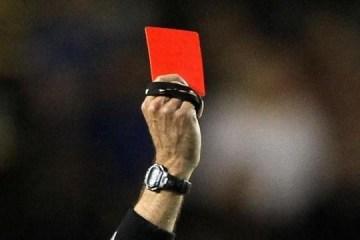 NOVA REGRA: jogador que tossir de propósito em rival ou juiz pode ser expulso