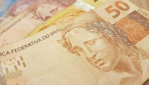 didi - ENTRE 2013 E 2020: PIB per capita cai e brasileiro fica 11% mais pobre