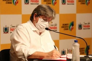 joao azevedo mascara - Governo da Paraíba já investiu quase R$ 178 milhões nas ações de combate à Covid-19
