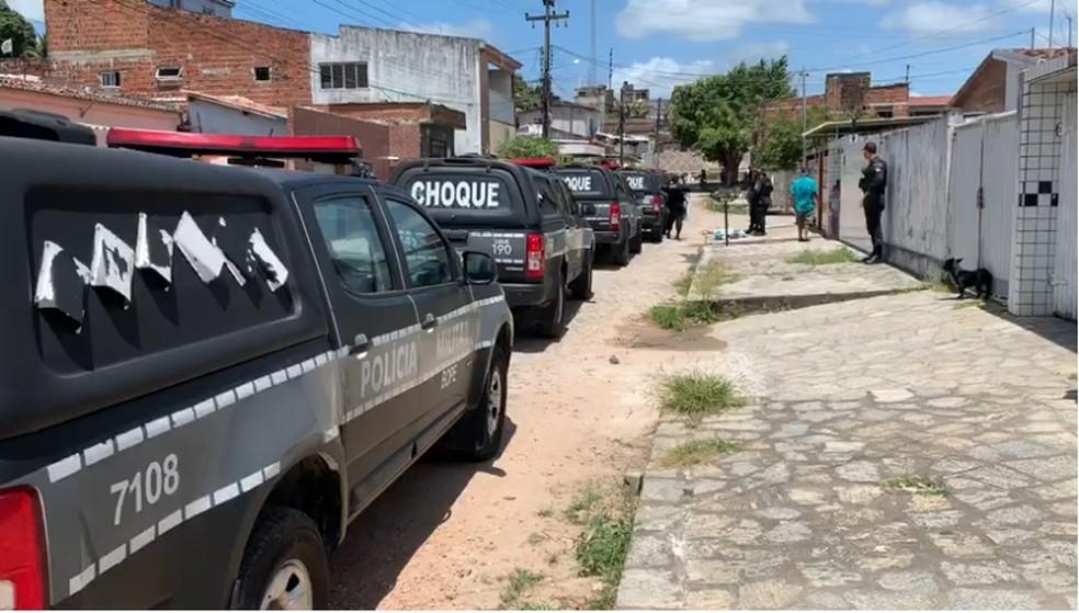 op1 - Operação contra o tráfico em comunidade prende dois homens em João Pessoa