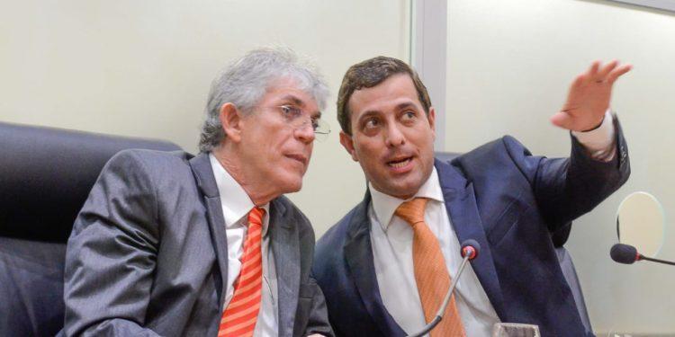 ricardo e gervasio 750x375 1 - Em live, RC e Gervásio Maia defendem PSB como 'tábua de salvação' para João Pessoa e para a Paraíba nas eleições deste ano