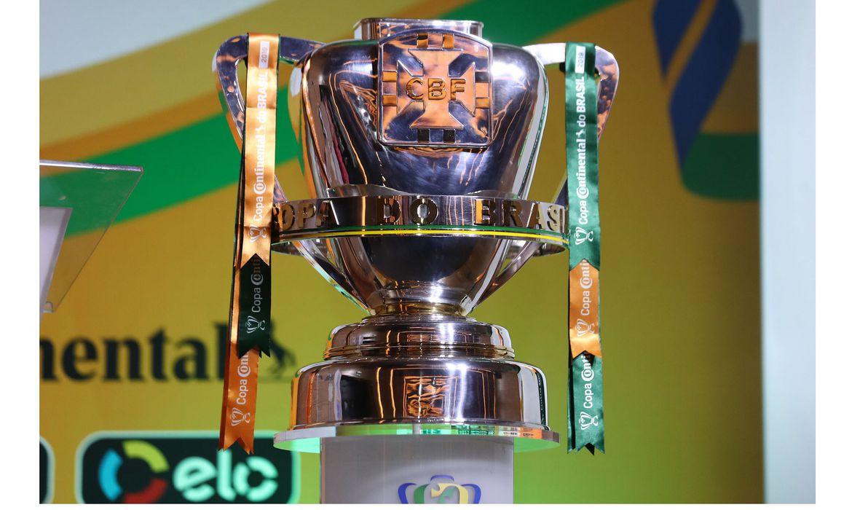 01 copa do brasil taca cbf - Três jogos movimentam a noite pela quarta fase da Copa do Brasil