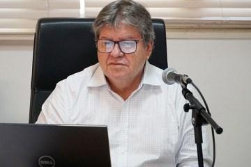 João Azevêdo anuncia pagamento dos servidores e aposentados para os dias 29 e 30 de setembro