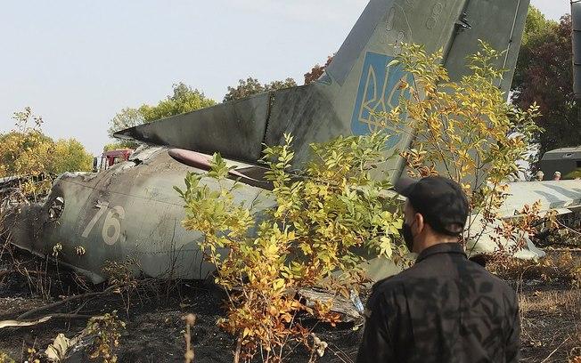 57xi3r55d47pfxj1gjhou9u40 - Acidente com avião militar deixapelo menos 26 mortos