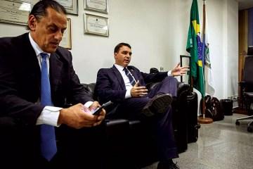 72 1 - Lava Jato denuncia Wassef, ex-advogado dos Bolsonaros, sob acusação de lavagem de dinheiro