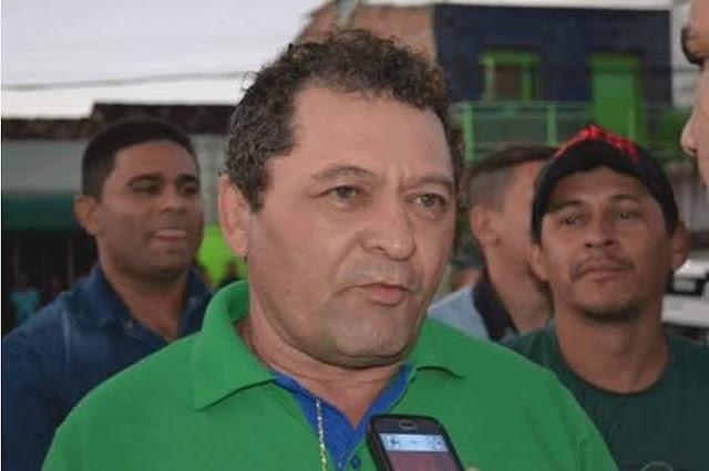 ANTONIO DE ELOIGG - Prefeito é preso após promover aglomeração pelas ruas