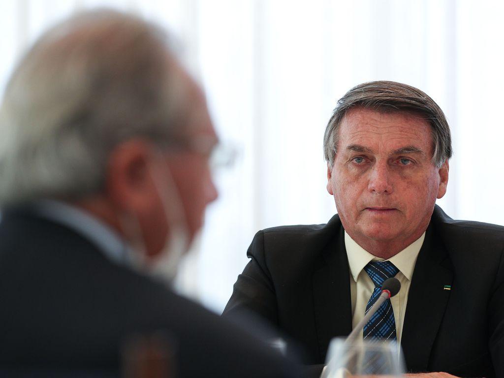 Bolsonaro e Guedes 01.09.2020 Agência Brasil - Bolsonaro envia ao Congresso proposta que muda regras e carreira para servidores