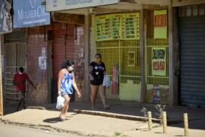 CBPFOT090720203188 550x366 1 300x200 - PIB do segundo trimestre desaba 9,7% e Brasil entra em recessão, diz IBGE