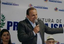 Prefeito de Princesa Isabel, Ricardo Pereira está com Covid-19