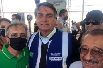 WhatsApp Image 2020 09 20 at 09.19.15 e1600605384881 - DOMINGUEIRA GALDINIANA: Senador Maranhão fez barba, cabelo e bigode na visita de Bolsonaro - Por Rui Galdino