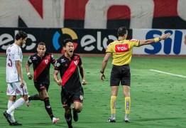 Copa do Brasil: Atlético-GO marca nos acréscimos e elimina Fluminense