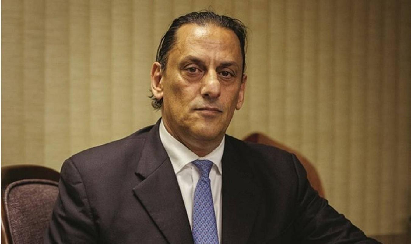 frederick wassef advogado dos bolsonaros 1592480549118 v2 1350x801 - Ex-advogado de Flávio Bolsonaro vira réu em ação desdobramento da Lava Jato
