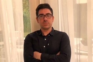 marcelo adnet frias sintaseemcasa copy 300x200 - Marcelo Adnet transforma ofensas de Mário Frias em piada
