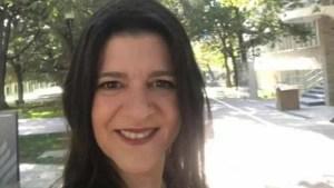 naom 5f5739c6385c2 300x169 - Professora infetada com Covid-19 morre durante aula online