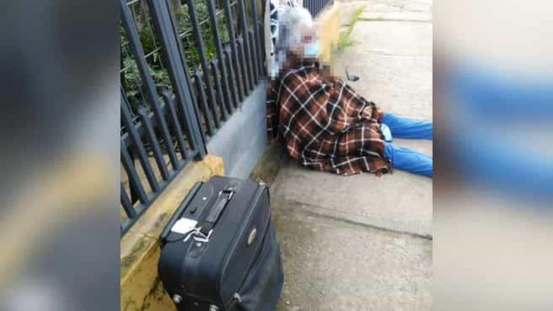 naom 5f5f555587316 - Em plena pandemia, filha vende casa da mãe de 88 anos e a deixa na rua