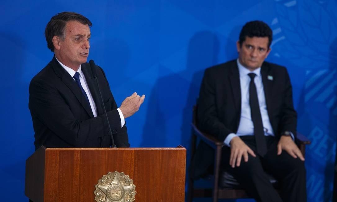 xBolsonaro.jpg.pagespeed.ic .kIK28kn8Vm - Bolsonaro pressionou Moro em mensagem: 'Tenha dignidade para se demitir'