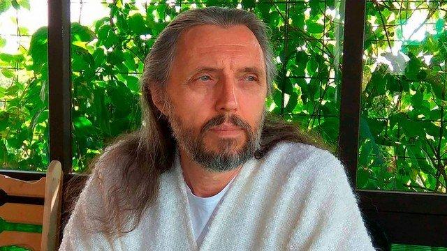 xblog jesus.jpg.pagespeed.ic .HuhdkRxcIq - Polícia prende o 'Jesus da Sibéria' e encontra munição na sede de seita - VEJA VÍDEO