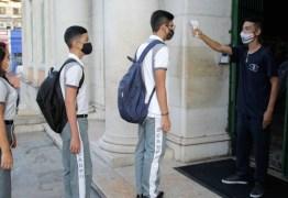 PESQUISA IBOPE: Para 72% dos brasileiros das classes A, B e C, escolas só devem reabrir após vacina