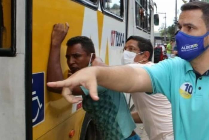 1 ab1xcq6vm5576mec6i7dyqa3h 20041431 - Durante assalto, candidato bolsonarista saca arma em roubo para conter o bandido