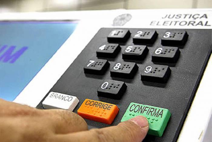 1 urna 20138894 - ELEIÇÕES DO FUTURO: TSE estuda mudança para votação online