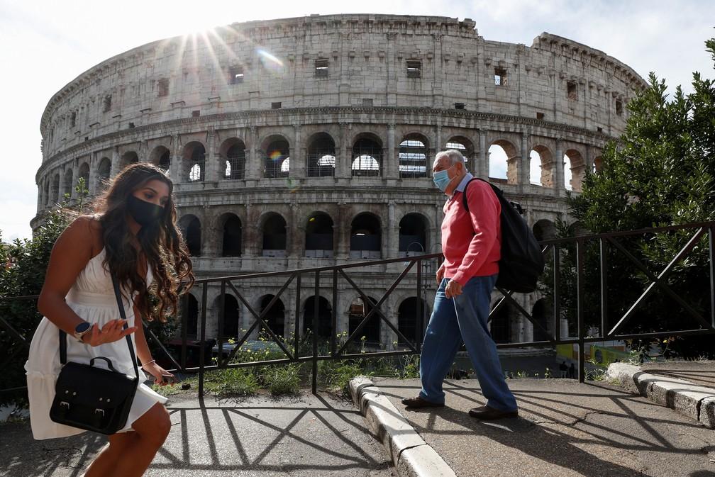 2020 10 13t100011z 889317119 rc2mhj9022kc rtrmadp 3 health coronavirus italy - Máscara dentro de casa: Itália endurece restrições para conter alta da Covid-19