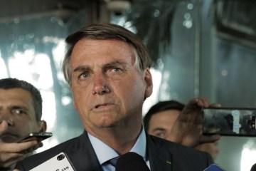 """""""Quer que eu baixe na canetada?"""", diz Bolsonaro sobre o preço do arroz"""