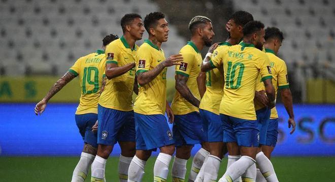 Brasil e Argentina - 5 a 0: Brasil goleia Bolívia com facilidade na estreia pelas Eliminatórias